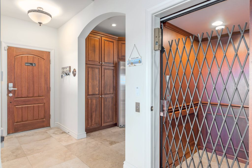 Private elevator with folding security door