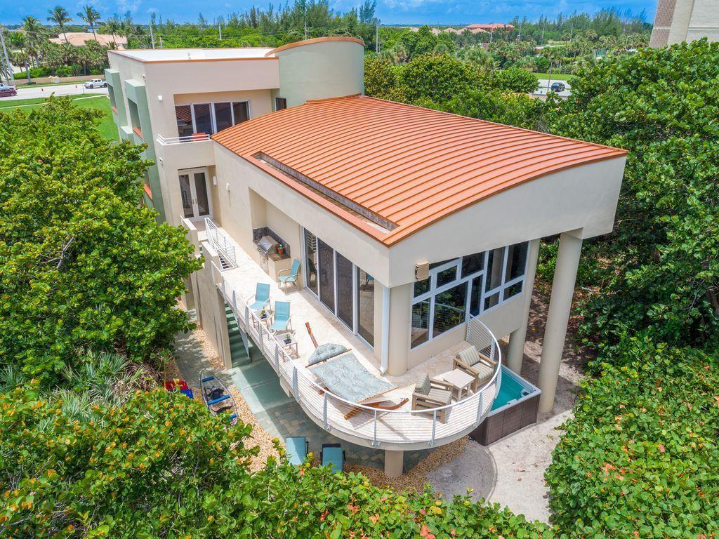 Oceania beach house